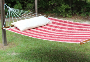 QTR-D 55 in. Quilted Hammock